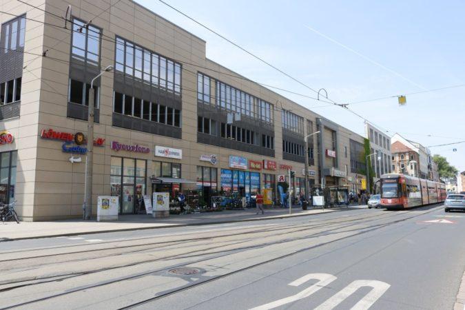 Die Tharandter Straße bietet viele Einkaufsmöglichkeiten.