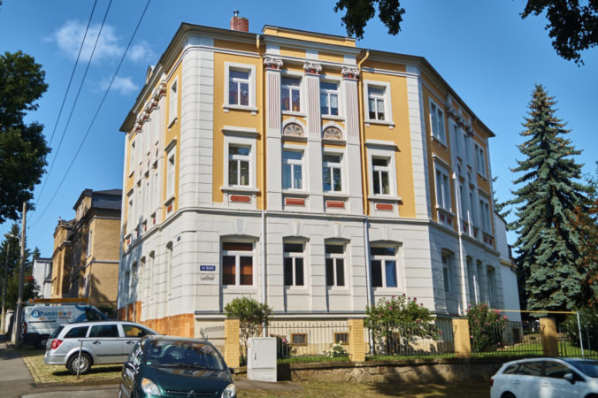 Miethaus In Leubnitz-Neuostra