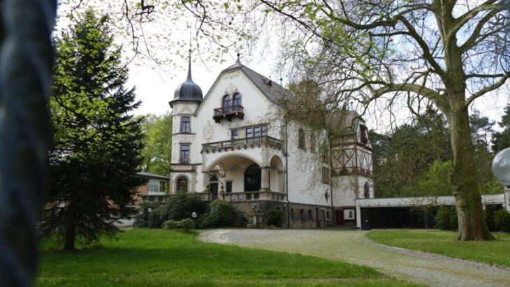 Ein Großteil der historischen Villen wurden in den 90er Jahren restauriert.