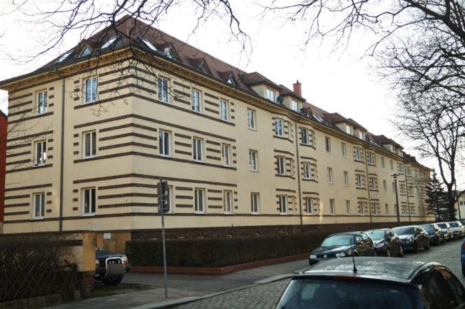 Wohngebäude in Cotta auf der Klopstockstraße