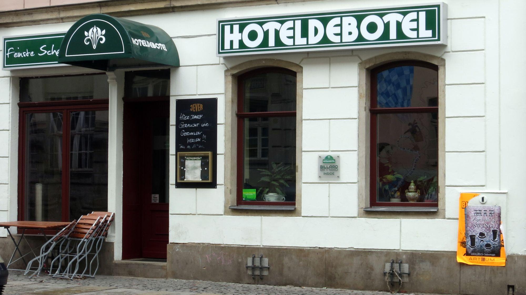 Hoteldebotel