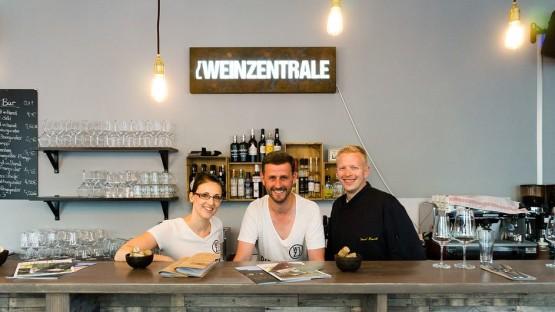 Die Drei von der Weinzentrale. Foto: Stipriaan