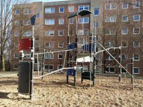 Spielplatz Innenhof Maulbeerenstraße in Dresden-Gorbitz