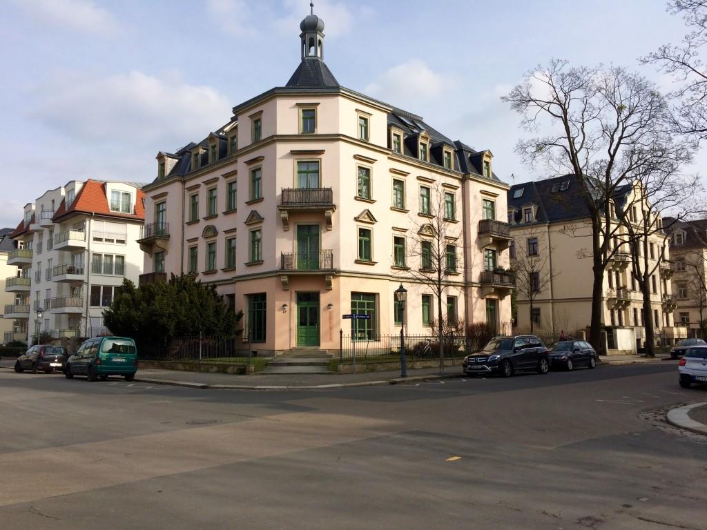 Striesen-West: Ein Mix aus historischen Villen und modernen Gebäuden