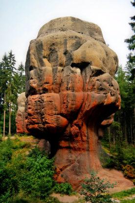 Sandsteinfels Kelchstein im Zittauer Gebirge