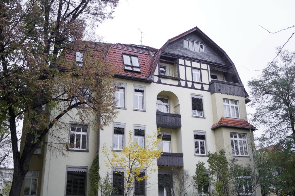 Wohnhaus an der Schlüterstraße im ländlichen Stil
