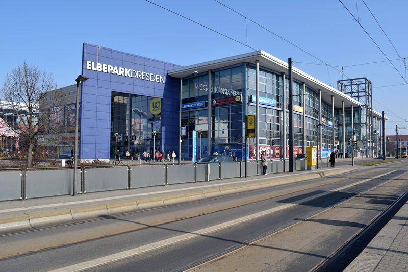 Der Elbepark ist mit seinem riesigen Angebot ein wahres Einkaufserlebnis.