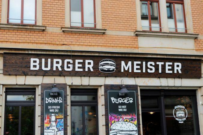 Auch von Außen überzeugt der Burgermeister im schicken Design.