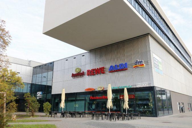Die Einkaufspassage am Straßburger Platz.