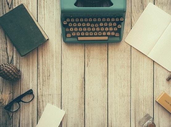 Jeden Tag ein bissen den Schreibtisch aufräumen, bringt dich auch voran. | Bild: pixabay.com