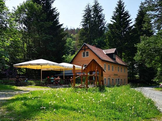 """Viele Gründe führen ins Kirnitzschtal – der beste: eine Rast am """"Alten Zeughaus""""!"""